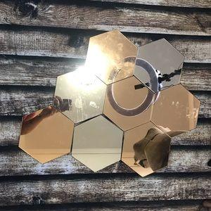 🎀3/$30 Set Of 8 Decorative Hexagon Shape Mirrors